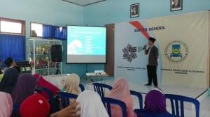 Mr. Anwar menyampaikan laporan pelaksanaan kegiatan Idul Adha