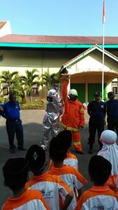 Pengenalan jenis-jenis seragam pemadam kebakaran